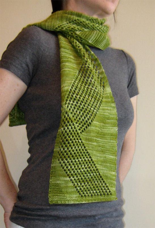 Free Crochet Patterns Zig Zag Scarf : Alfa img - Showing > Zig Zag Knit Scarf Pattern